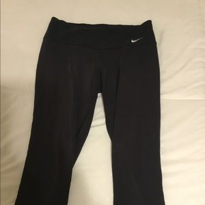 Nike cropped black leggings